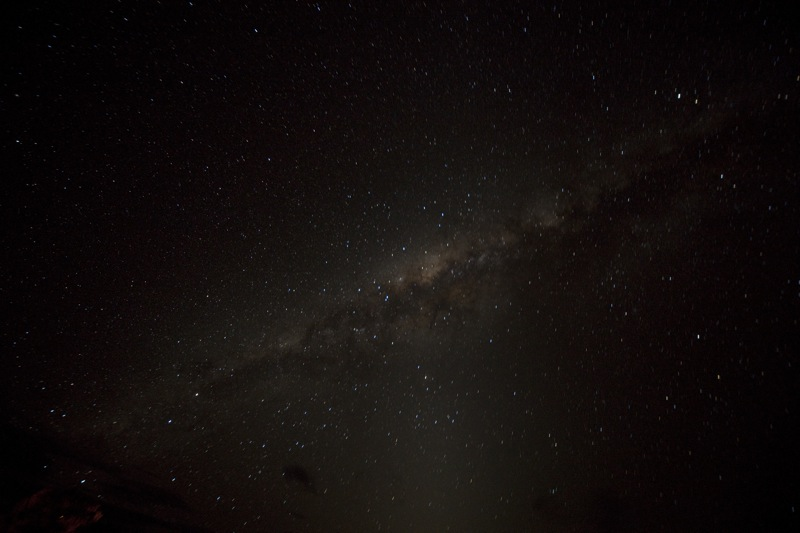 Milky Way seen next to Uluru_1